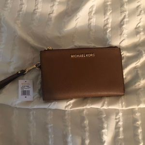 NWT Michael Kors wristlet wallet